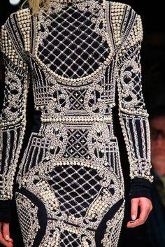 Balmain Fall 2012 Ready-to-Wear Fashion Show Details
