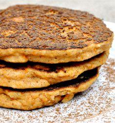 paleo sweet potato pancakes // fed and fit Paleo Pancakes, Sweet Potato Pancakes, Paleo Sweet Potato, Mashed Sweet Potatoes, Almond Pancakes, Potato Cakes, Paleo Breakfast, Breakfast Recipes, Breakfast Ideas