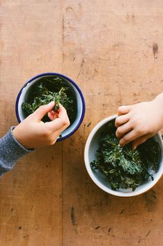 Salt & Vinegar Kale Chips | My Darling Lemon Thyme