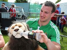 Time to cool down with Sam Warburton and Bil