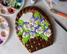 "SunnyCookies  8925237 3873 (@sunny_jonn) auf Instagram: ""Пополняю коллекцию цветочных корзин)  Милые анютины глазки  #имбирныепряники…"" Meringue Cookies, Flower Cookies, Macaroons, Icing, Food And Drink, Instagram Posts, Desserts, Flowers, Halloween"