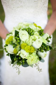 Gorgeous green bouquet // photo by Daylight Photography, planning & design by www.emilygracedesign.com