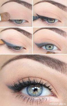 Ingen eyeliner under ögat och eyelinern börjar vid irisen. Denna är för grå i färgen tycker jag.