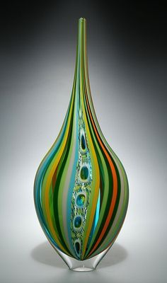 (usa) Blown Glass Vessel by David Patchen. born in New York.