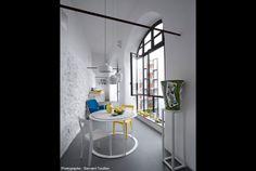 blue and yellow. ZETASTUDIO - Giuliano Andrea dell' Uva - Francesca Faraone - Architetti Napoli