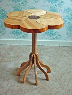 Flower table. Pine top with a Walnut inlay and Walnut burr center with an Oak stand and legs. Chelsea Flower Show, Table Flowers, Cool Chairs, Furniture Decor, Pine