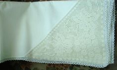 Spectacular Lace and Linen Tablecloth Filet Lace by VerasLinens