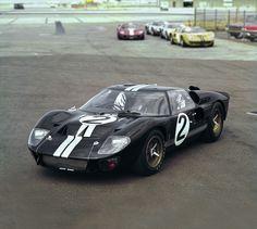 1966-Ford-GT-Mk-II