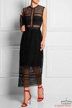 """Всем привет! Представляю вашему вниманию платье """"Шик по-королевски"""". Платье связано из YarnArt Violet 50г-280м. Использованные крючки: №2, №1,5. Ушло почти 8 мотков."""