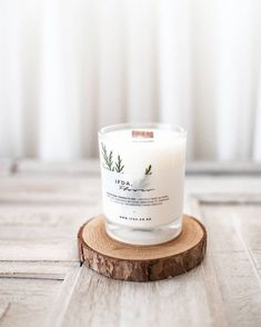 Most current Snap Shots Scented Candles photoshoot Concepts How should I actually create the perfume from scented candles final around my living room? Candle Packaging, Candle Labels, Candle Jars, Candle Branding, Homemade Candles, Diy Candles, Scented Candles, Minimalist Candles, Tienda Natural