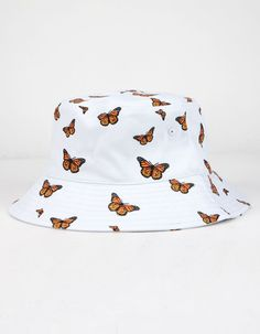 Outfits With Hats, Teen Fashion Outfits, Cute Casual Outfits, Girl Outfits, Fashion Hats, Girl Fashion, Sport Outfits, Bucket Hat Outfit, Orange Butterfly