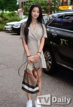 Korean Actresses, Korean Actors, Actors & Actresses, Green Lantern Movie, Seo Ji Hye, Moorim School, Asian Street Style, Korean Drama Movies, Korean Celebrities