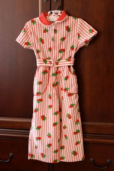 strawberries...I think I need a strawberry dress!