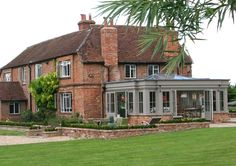 Listed house with orangery in Bucks