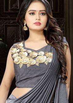 Beautiful Muslim Women, Beautiful Girl Indian, Beautiful Girl Image, Beautiful Saree, Beautiful Indian Actress, Beautiful Bride, Stylish Girls Photos, Stylish Girl Pic, Fancy Dress Design