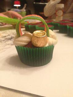 St pats cupcakes