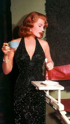 A picture of Rita Hayworth in color on the set of Affair in Trinidad (1952).