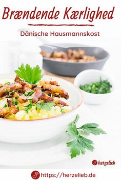 Dänische Rezepte, Fleisch Rezepte: Brændende kærlighed Rezept von herzelieb. Das Rezept für das Kartoffelgericht mit Speck und Zwiebeln aus Dänemark ist ganz einfach und schnell in 30 Minuten fertig. Die brennende Liebe ist ein typisches Essen aus Dänemark, dass auch die Kinder sehr lieben. Rezept für ein Hauptgericht, toll zu Mittag, leckeres Abendbrot. #herzelieb #speck #deutsch #dänemark #skandinavien #kinder #kartoffeln