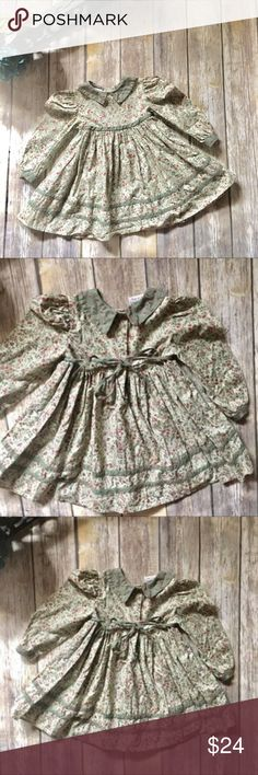 Memories By Jo Lene Vintage Smock Dress Can you say adorable! Beautifully made in the USA  100% cotton dress. Size 3T . In excellent used condition. Ties and buttons in the back. Beautiful colors and design. Collard Smock Design. Memories By Jo Lene Dresses