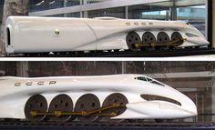 Luigi Colani, le bio-Design et les prototypes Canon · Lomography Luigi, Colani Design, Bio Design, Design Transport, Bonneville, Future Transportation, Automobile, Train Art, Trains