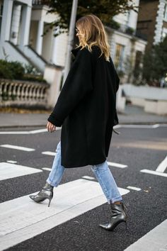 The 3 Boot Trends You Need to Know for - Emma Hill Fashion Pants, Love Fashion, Silver Boots, Silver Wedges, Style Me, Cool Style, Fall Capsule Wardrobe, Vogue, Mode Inspiration