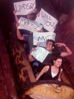 lindsay is in fact the girl in the front and she did say yes, i would know…