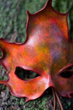 Autumn Equinox: Craft a Leaf Mask for the #Autumn #Equinox.
