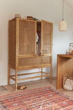 170 Furniture Finds Ideas In 2021 Furniture Find Furniture Home Decor