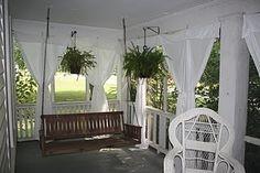 front porch idea. Love the privacy.