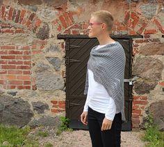 Ravelry: Briochangle shawl pattern by Katrine Birkenwasser
