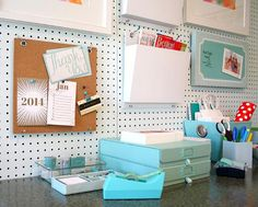 Are you ready for the New Year? Get Home Office Organizing Tips for 2014 brightboldbeautiful.com