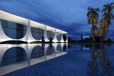 La Forma Moderna en Latinoamérica: Oscar Niemeyer (1907 - 2012)