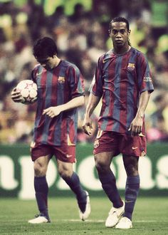 Favorite FC Barcelona squad Ronaldinho and Deco Ronaldo, Kun Aguero, St Etienne, Legends Football, Messi Soccer, Real Madrid Players, Football Is Life, Football Pictures, Best Player