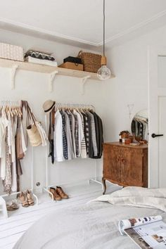 "La Maison Boheme: Trying a ""Capsule Wardrobe"""