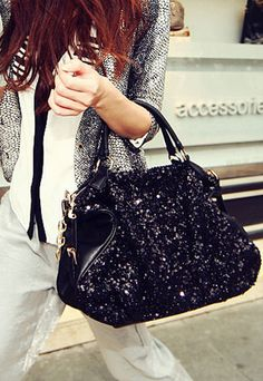 $34.99 USD  [grxjy520046]European Style Cool Paillette Black Handbag Color: Black  Style: European Style  Feature: Paillette  Material: PU/Paillette  Weight: 0.98KG