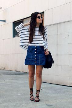 summer outfit: striped top, high waist denim skirt and roman sandals.