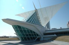 Santiago Calatrava - Milwaukee Art Museum #edificios #buildings #vidrio #glass #vidro #santiagocalatrava