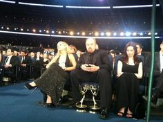 Louis CK just hanging out .ya know, with his two new friends. Funny Images, Funny Pictures, Funny Pics, Rob Delaney, Funny Blogs, Louis Ck, Late Night Show, The Emmys, My Favorite Image