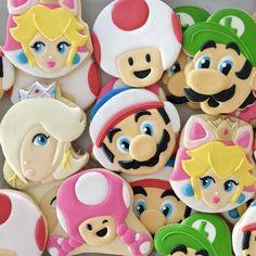 Lauren S's Birthday / Super Mario Bros - Photo Gallery at Catch My Party Super Mario Cupcakes, Super Mario Party, Super Mario Bros, Baby 1st Birthday, Boy Birthday Parties, Princesa Peach, Mario Bros., Party Ideas, Cookies