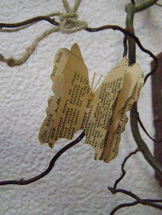 motýl ze staré knihy