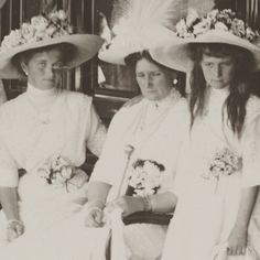 Empress Alexandra Feodorovna with her daughters, Polar Star 1912 by lovelyotma from Instagram