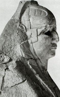 Hittite, Sphinx, Boğazköy- Hattuşa, Ancient Orient Museum, İstanbul (Ekrem Akurgal) (Erdinç Bakla archive)