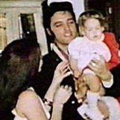 Elvis And Priscilla, Priscilla Presley, Elvis Presley Songs, Lisa Marie, Daddys Girl, Graceland, Handsome, Star Wars, Xmas