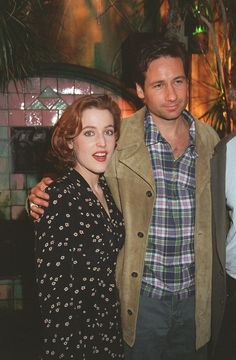 It's the weekend, folks. As a special treat I've discovered that the most 90s pattern of all time comes in a dress format, and that David Duchovny is the only person on earth that is allowed to wear a tan ¾ length suede buttoned jacket paired with grey khakis and a zip-front plaid shirt.