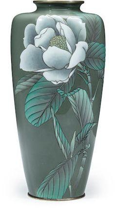 A moriage cloisonne enamel vase By Kumeno Teitaro, Meiji era (early century) China Painting, Ceramic Painting, Ceramic Vase, Japanese Vase, Japanese Porcelain, Tibet Art, Meiji Era, Crystal Vase, Hand Painted Ceramics
