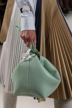 Spring 2017 Runway Report, Favorites #handbags #accessories #springfashion ; Victoria Beckham