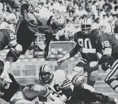 Tony Galbreath Carries Against the Packers in 1979