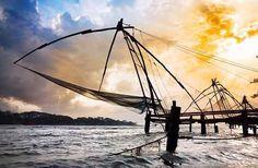 9 Days 8 Nights Kerala Tour| 9 Days 8 Nights Holiday Packages| Cochin - Munnar - Thekkady - Kumarakom - Kollam - Kovalam Tours