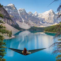 Moraine Lake, Alberta Pic by moonmountainman