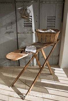 1000 images about antique ironing boards on pinterest - Decoration industrielle vintage ...